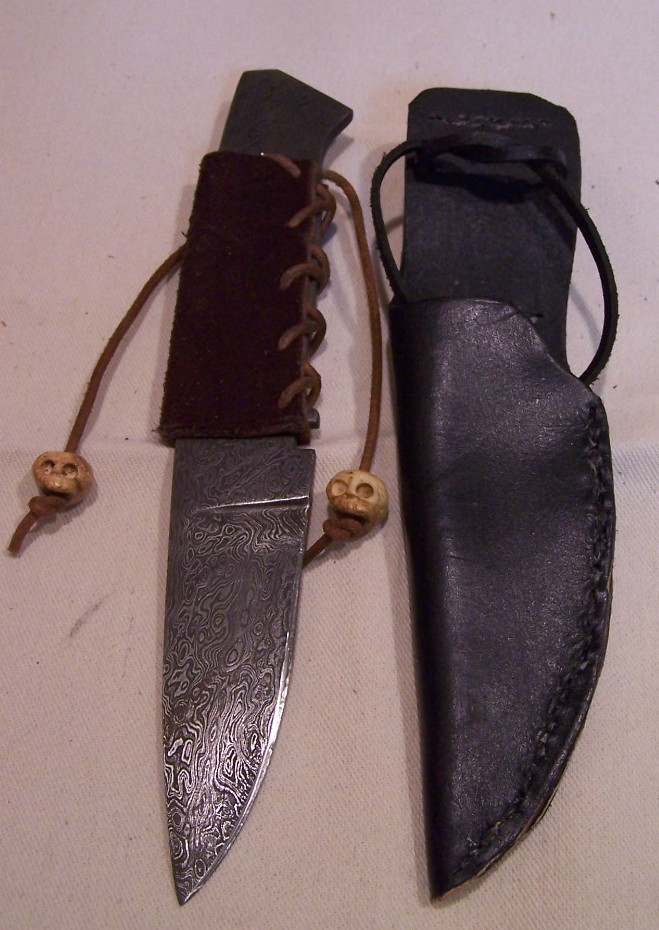 Knife with Side Seam Sheath
